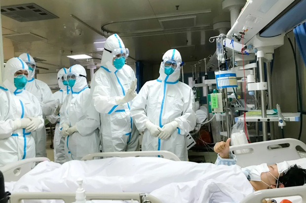 Việt Nam ghi nhận ca nhiễm Covid-19 thứ 30: Nữ du khách Anh đi trên chuyến bay VN0054, đang được cách ly tại Huế - Ảnh 1.
