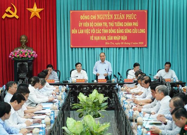 Thủ tướng: Vaccine có sẵn của Việt Nam là tinh thần kiên cường, vượt khó - Ảnh 2.