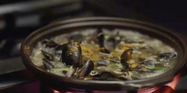 Đúng là ở hiền gặp lành, chỉ nhờ một sự đãng trí của cậu nhân viên mà đầu bếp của Danbam (Tầng lớp Itaewon) giành giải nấu ăn giỏi nhất cả nước - Ảnh 3.