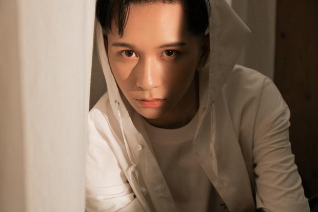 Sau sự cố mất sạch MV vào cuối năm 2019, Đỗ Hoàng Dương đã tái khởi động dự án cùng Khắc Hưng, đổi tên ca khúc nghe cứ như phim Thái Lan! - Ảnh 4.