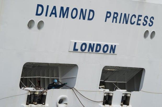 Ký ức từ du thuyền Diamond Princess: Thủy thủ trằn trọc vì tiếng ho khan của đồng nghiệp, chuyên gia dịch tễ cũng sợ mình lây nhiễm virus corona - Ảnh 3.