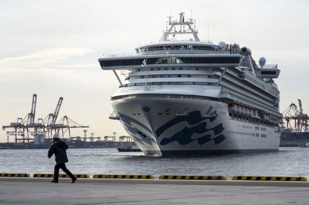 Ký ức từ du thuyền Diamond Princess: Thủy thủ trằn trọc vì tiếng ho khan của đồng nghiệp, chuyên gia dịch tễ cũng sợ mình lây nhiễm virus corona - Ảnh 4.