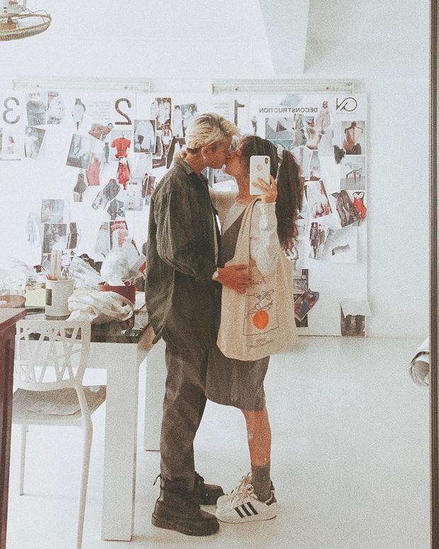 Couple bách hợp gây xúc động khi come out trong vlog của Giang Ơi, nhìn ảnh đời thường tình tứ của họ còn mê hơn nữa - Ảnh 13.