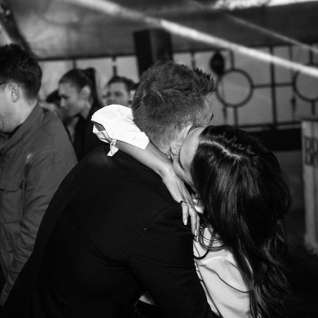 Tiệc sinh nhật tiền tỷ của Brooklyn: Vợ chồng Beckham quá nổi nhưng chưa bằng màn quẩy hết cỡ của Harper - Ảnh 10.