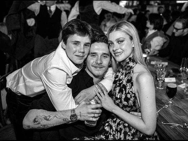 Tiệc sinh nhật tiền tỷ của Brooklyn: Vợ chồng Beckham quá nổi nhưng chưa bằng màn quẩy hết cỡ của Harper - Ảnh 6.