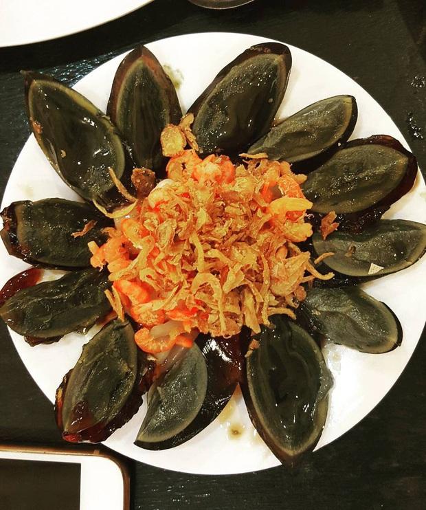 """Ngoài trứng vịt lộn, Việt Nam còn có 2 món trứng khác khiến du khách nước ngoài """"sợ xanh mặt"""" khi thưởng thức vì mùi vị khó ngửi - Ảnh 5."""