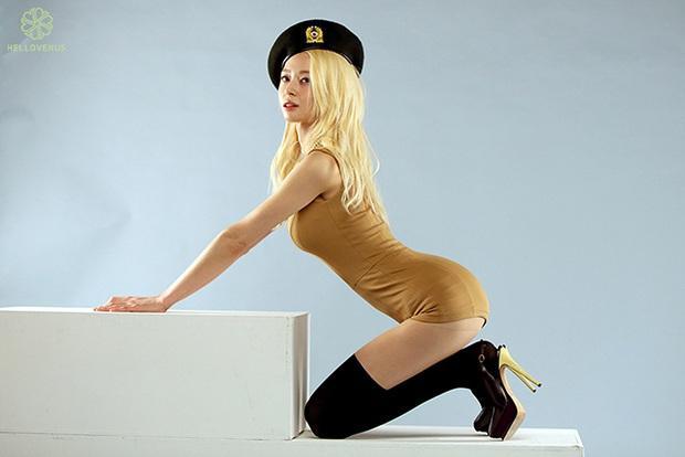 Kwon Nara lên top hot Dispatch nhờ bộ hình quân đội 6 năm trước: Body chưa cần PTS mà sexy đến mức này thì ai đọ nổi? - Ảnh 3.