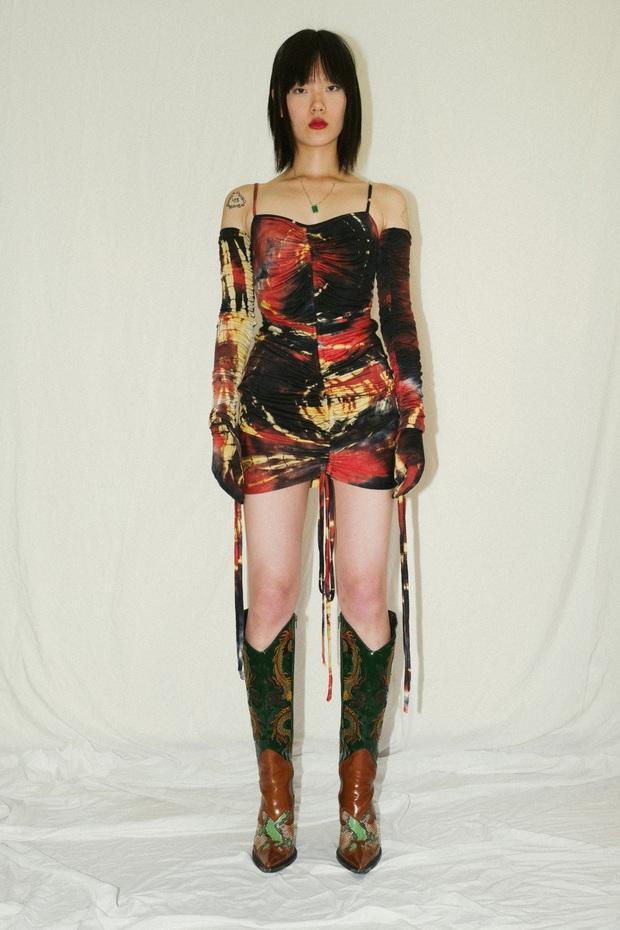 Chi Pu diện đầm giống Kylie Jenner nhưng màn lên đồ mua 1 mặc 2 khoe body không mỡ thừa mới đáng trầm trồ - Ảnh 5.