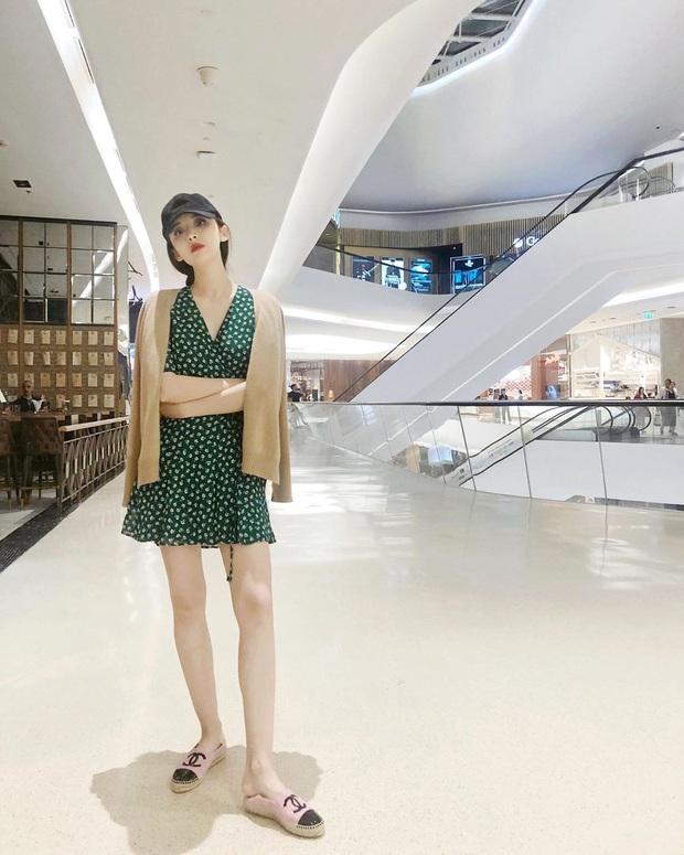 Bắt trend sau Suzy tận 2 năm nhưng Rosé vẫn quá xinh với kiểu đầm này, gái Hàn cũng đang diện theo sát nút - Ảnh 5.