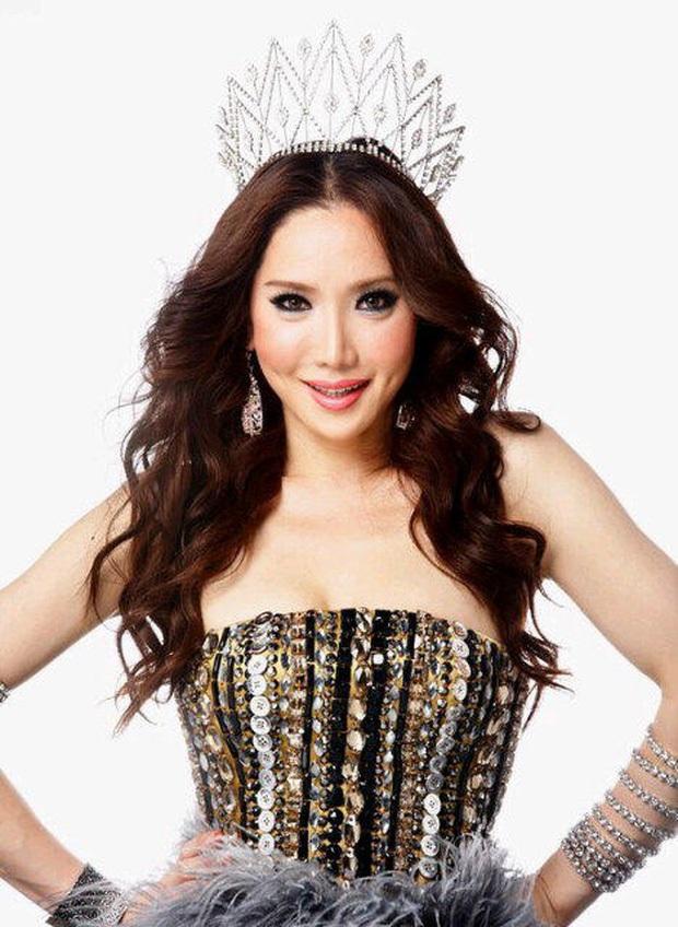Đọ sắc Nong Poy, Hương Giang và dàn Hoa hậu chuyển giới các thời kỳ - Ảnh 13.