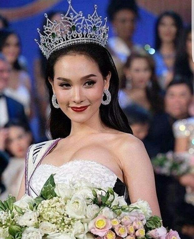 Đọ sắc Nong Poy, Hương Giang và dàn Hoa hậu chuyển giới các thời kỳ - Ảnh 24.