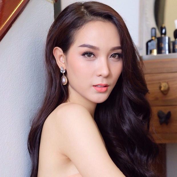 Đọ sắc Nong Poy, Hương Giang và dàn Hoa hậu chuyển giới các thời kỳ - Ảnh 25.