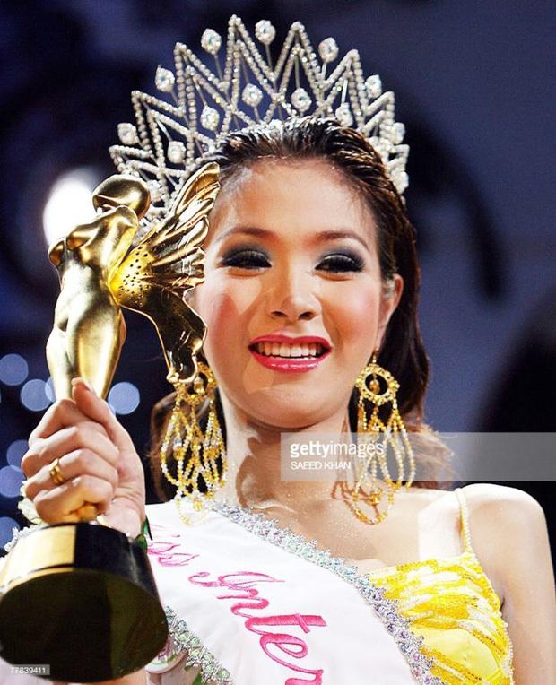Đọ sắc Nong Poy, Hương Giang và dàn Hoa hậu chuyển giới các thời kỳ - Ảnh 8.
