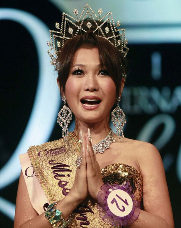 Đọ sắc Nong Poy, Hương Giang và dàn Hoa hậu chuyển giới các thời kỳ - Ảnh 10.