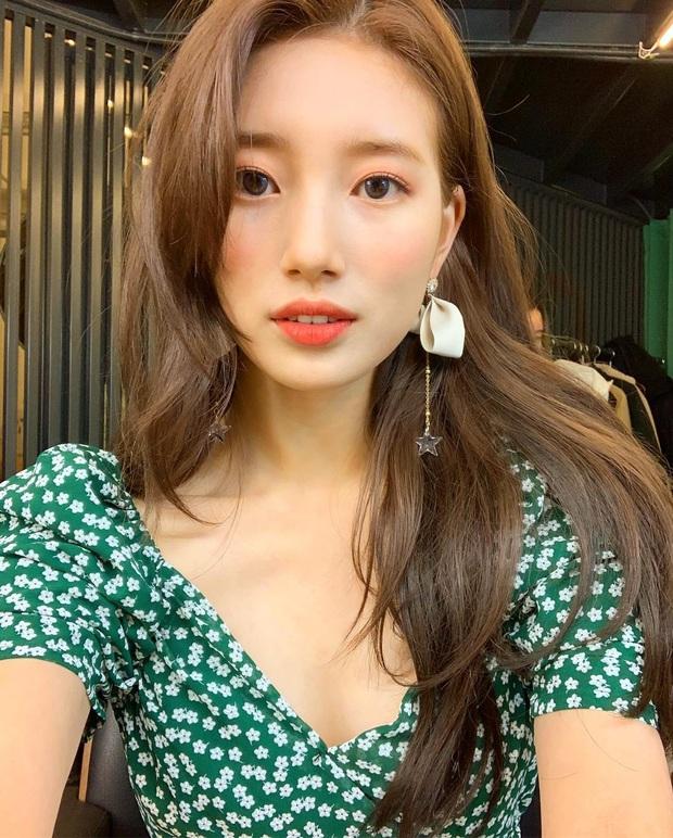 Bắt trend sau Suzy tận 2 năm nhưng Rosé vẫn quá xinh với kiểu đầm này, gái Hàn cũng đang diện theo sát nút - Ảnh 6.