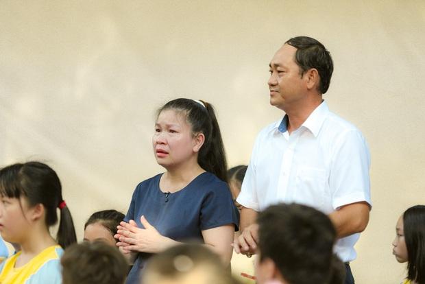 Thiếu niên nói: Con hạc giấy cuối cùng và câu chuyện rớt nước về cô giáo trẻ đã qua đời - Ảnh 4.