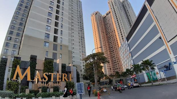 Thêm một toà nhà ở chung cư Masteri bị phong tỏa vì có cư dân nguy cơ cao mắc Covid-19 liên quan đến quán bar Buddha - Ảnh 1.