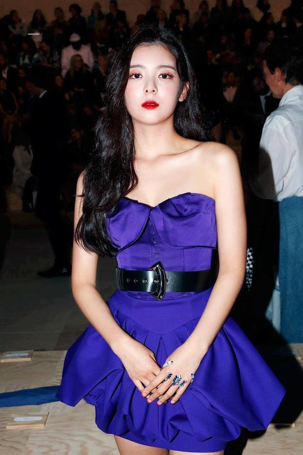 Hiếm có ai thở thôi cũng sang chảnh ngút ngàn như 5 idol nữ Kpop này: Hội siêu giàu châu Á ngay đây rồi? - Ảnh 20.