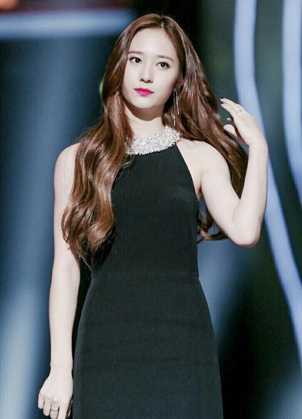 Hiếm có ai thở thôi cũng sang chảnh ngút ngàn như 5 idol nữ Kpop này: Hội siêu giàu châu Á ngay đây rồi? - Ảnh 13.
