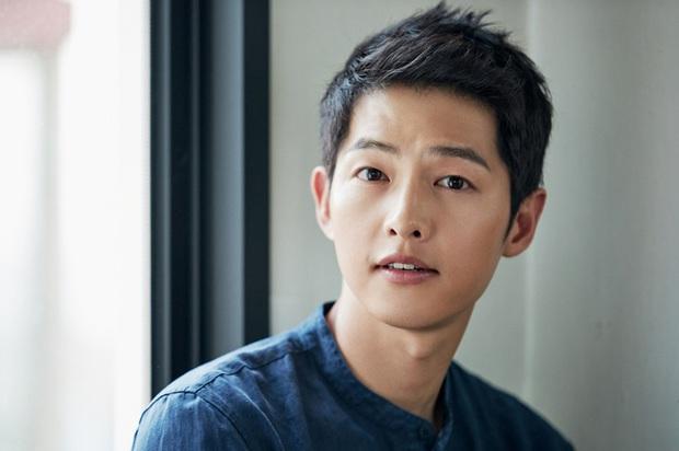 Song Hye Kyo chiếm trọn top tin gây phẫn nộ nhất Naver vì 1 lời ngầm phủ sạch mối quan hệ với Song Joong Ki? - Ảnh 3.