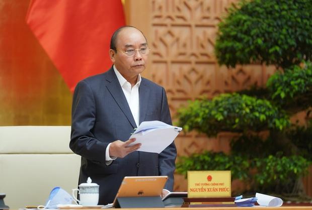 Thủ tướng nói rõ về cách ly xã hội: Là tình huống pháp lý để bảo vệ sức khỏe tính mạng của nhân dân, không ngăn cấm giao thông, phong tỏa xã hội - Ảnh 2.