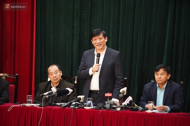 Thứ trưởng Bộ Y tế: Việt Nam đã phòng chống dịch thành công trong 2 giai đoạn và đang kiểm soát được giai đoạn 3 - Ảnh 1.