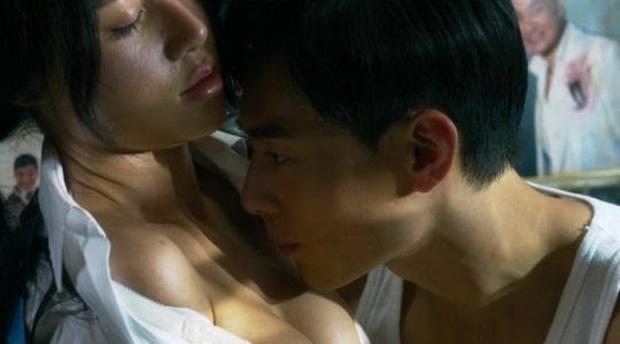 4 trai bao khét tiếng trên màn ảnh châu Á, gây thương nhớ nhất chính là Song Joong Ki thời còn phèn - Ảnh 13.