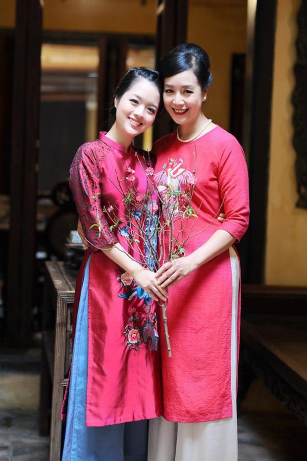 4 ái nữ nhà sao Việt kín tiếng nhưng xinh nức nở: Hết ví với Lưu Diệc Phi lại đến Hoa hậu, con gái Duy Mạnh lớn lắm rồi! - Ảnh 7.