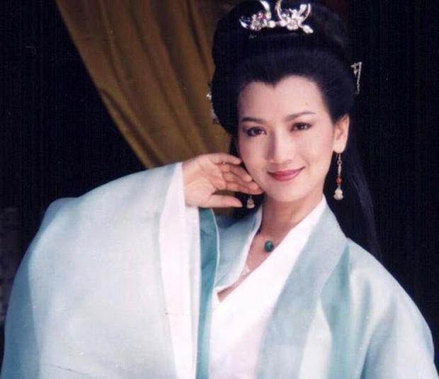 Ngất lịm với nhan sắc thời thanh xuân của 3 đại mĩ nhân Cô Ấy Không Hoàn Hảo, xuất sắc nhất vẫn là chị đại Châu Tấn - Ảnh 15.