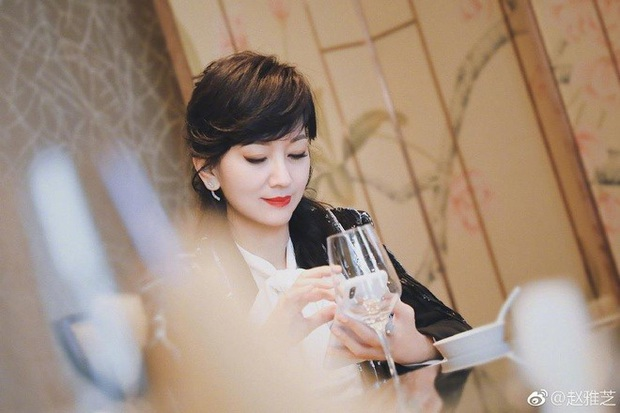 Ngất lịm với nhan sắc thời thanh xuân của 3 đại mĩ nhân Cô Ấy Không Hoàn Hảo, xuất sắc nhất vẫn là chị đại Châu Tấn - Ảnh 16.