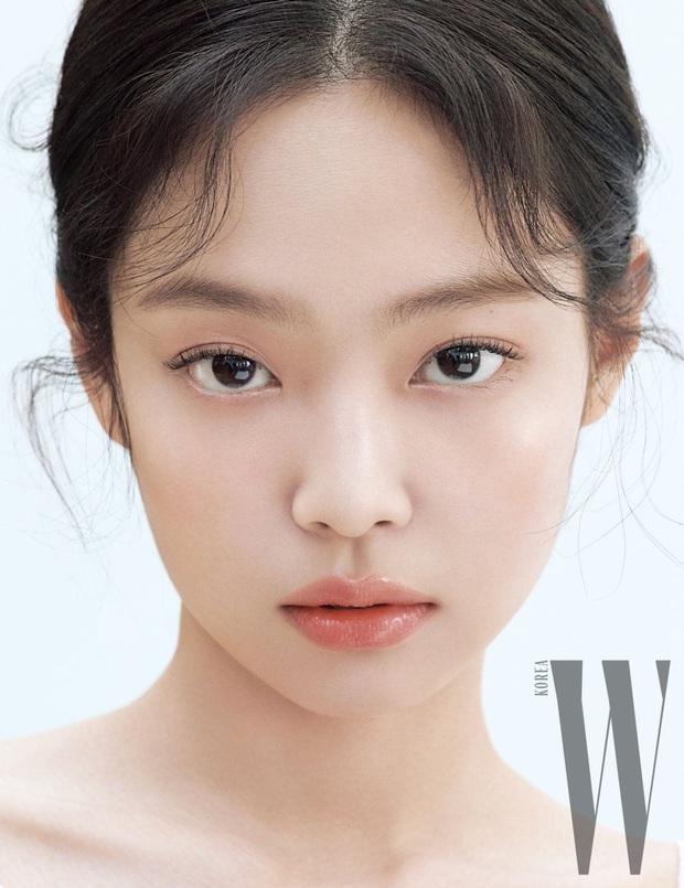 10 sao Hàn là hình mẫu PTTM của chị em: Mũi chuẩn phải như Irene và mợ chảnh Jeon Ji Hyun; mắt đẹp là giống Jennie, Yoona - Ảnh 3.