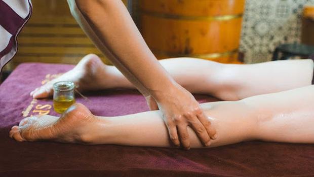 5 vùng cơ thể nữ giới nên chú ý massage khi tắm để giúp cải thiện sức khỏe, tăng cường tuổi thọ - Ảnh 4.
