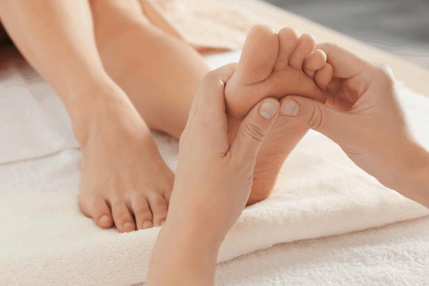 5 vùng cơ thể nữ giới nên chú ý massage khi tắm để giúp cải thiện sức khỏe, tăng cường tuổi thọ - Ảnh 5.