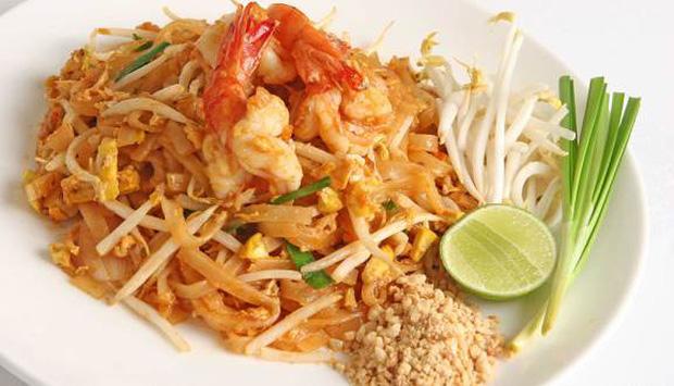 Center của IZ*ONE nhầm lẫn pad Thái là món ăn Việt Nam nhưng tổ biên tập cũng không thèm edit? - Ảnh 3.