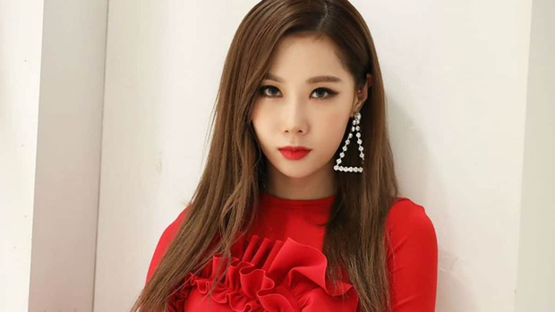 Nữ idol Kpop sang Trung thi show sống còn có Lisa làm HLV: screentime ít ỏi, tàng hình trong MV chủ đề, từng xuống lớp F khiến fan xót xa - Ảnh 1.
