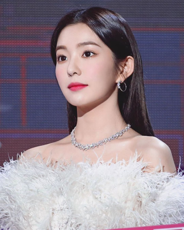 10 sao Hàn là hình mẫu PTTM của chị em: Mũi chuẩn phải như Irene và mợ chảnh Jeon Ji Hyun; mắt đẹp là giống Jennie, Yoona - Ảnh 1.