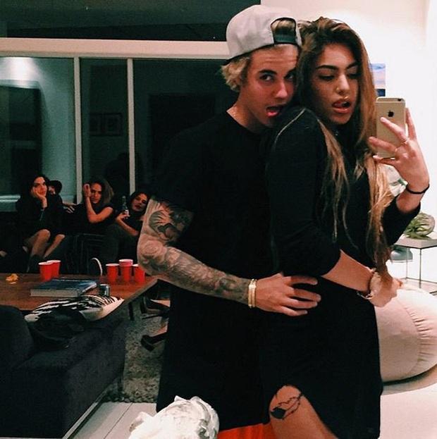 Hotboy làng NBA bận rộn trong mùa dịch Covid-19: Danh sách bạn gái mới có thêm tình cũ của Justin Bieber, người từng là WAG của sao Man United - Ảnh 4.
