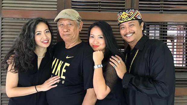 Ba mẹ con nhiễm Covid-19 đầu tiên ở Indonesia kể lại thời điểm khủng hoảng khi có kết quả dương tính, bị dân mạng kỳ thị và dọa giết mỗi ngày - Ảnh 4.