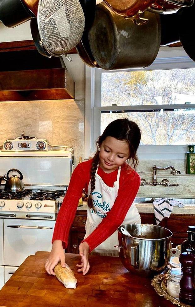 Hội nhóc tỳ Vbiz ngậm thìa vàng nhưng không hề lười biếng: Tự giác làm việc nhà, nấu nướng, chăm nhất là nhà Hà Tăng - Ảnh 3.