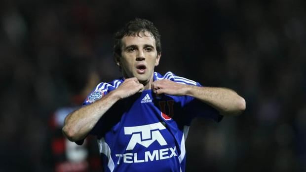 Cầu thủ Argentina mất cả cha và ông nội trong một tuần vì Covid-19 - Ảnh 1.