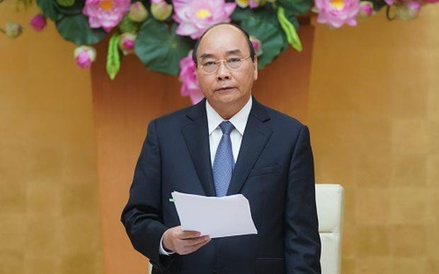 Thủ tướng: Giãn cách xã hội, song không được ngăn sông cấm chợ - Ảnh 1.