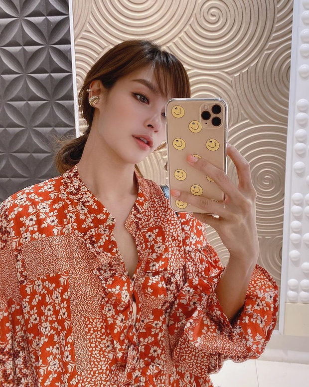 Nhan sắc và style của mỹ nhân Thái bóc phốt Huyền Baby: Dù cùng tuổi mà đẹp thần sầu, lấn át cả hot mom Việt - Ảnh 7.