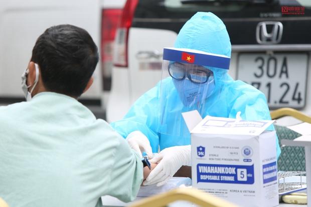 Bên trong bệnh viện Thận Hà Nội bị cách ly do có bệnh nhân 254 - Ảnh 7.