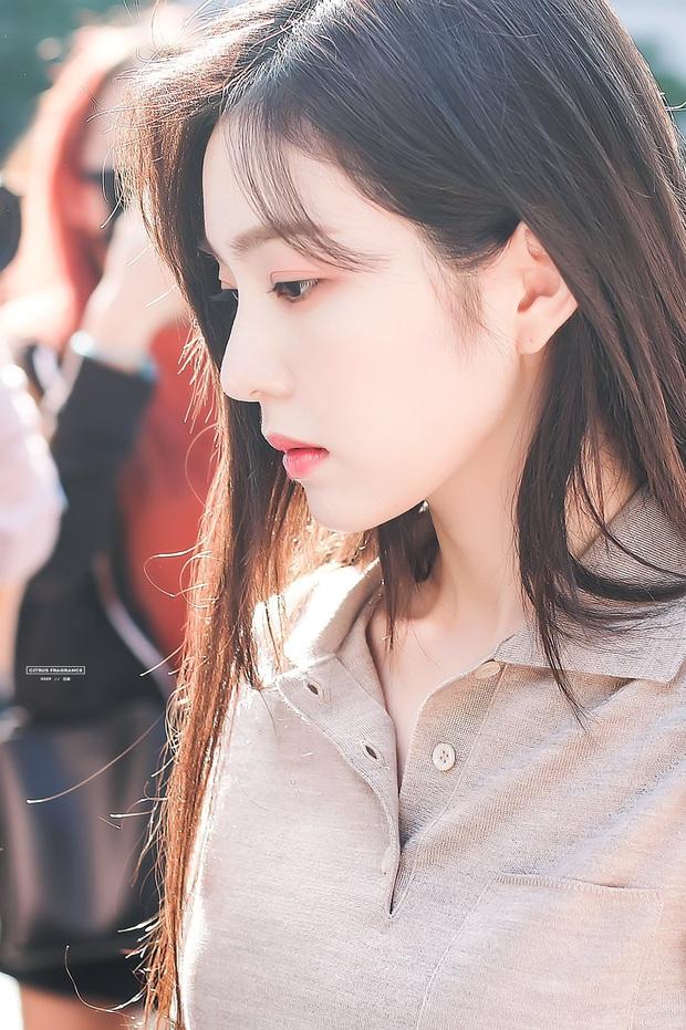 Loạt idol Kpop sở hữu góc nghiêng vô thực: Irene xứng danh nữ thần, V (BTS) và Cha Eun Woo khó phân cao thấp - Ảnh 2.