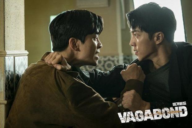 """7 phim Hàn hot nhất năm qua ai chưa xem hơi phí: Hotel Del Luna chỉn chu nhất, Crash Landing on You """"hạ cánh"""" ấn tượng - Ảnh 11."""