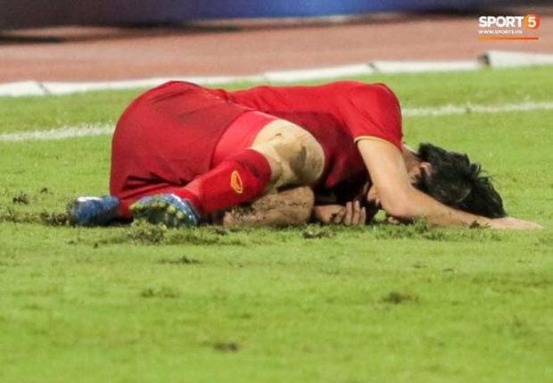 """""""Cầu thủ duy nhất ở Việt Nam đủ sức chơi bóng ở châu Âu""""- chàng chiến binh với nỗi đau mang nhầm thể xác - Ảnh 4."""