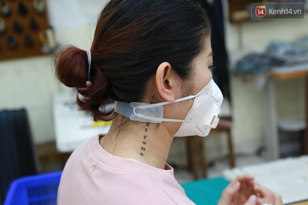 Người Hà Nội chế tạo đai đeo khẩu trang giảm đau tặng các y bác sĩ tuyến đầu chống dịch: Nếu đạt chất lượng thì chúng tôi sẽ làm ra nhiều hơn nữa - Ảnh 18.