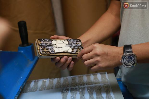 Người Hà Nội chế tạo đai đeo khẩu trang giảm đau tặng các y bác sĩ tuyến đầu chống dịch: Nếu đạt chất lượng thì chúng tôi sẽ làm ra nhiều hơn nữa - Ảnh 6.