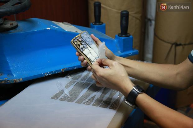 Người Hà Nội chế tạo đai đeo khẩu trang giảm đau tặng các y bác sĩ tuyến đầu chống dịch: Nếu đạt chất lượng thì chúng tôi sẽ làm ra nhiều hơn nữa - Ảnh 9.