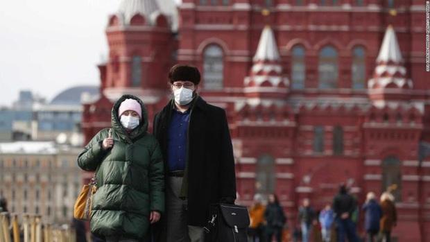 COVID-19: Pháp vượt mốc 13.000 người chết, Nga có thêm hơn 1.600 ca nhiễm/ngày - Ảnh 2.